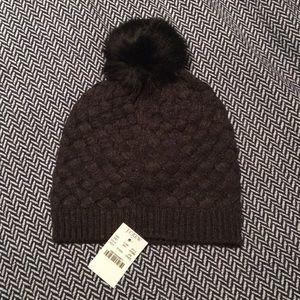02b0f0945d28e  NEW  J. CREW FACTORY Knit Pom Pom Hat